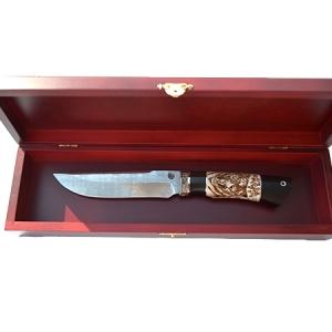 Шкатулка для ножа красная с гербом